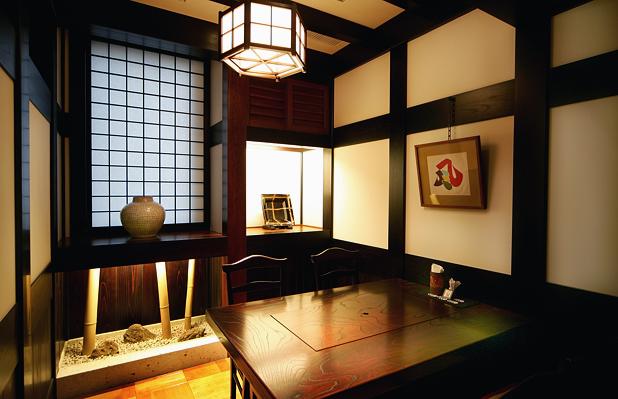 2階 テーブル席(個室)
