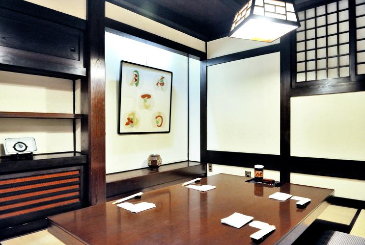 お座敷(堀り炬燵)個室